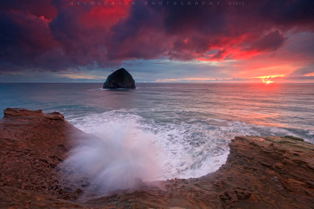 Photograph Cape Kiwanda Wave by Helminadia Ranford on 500px