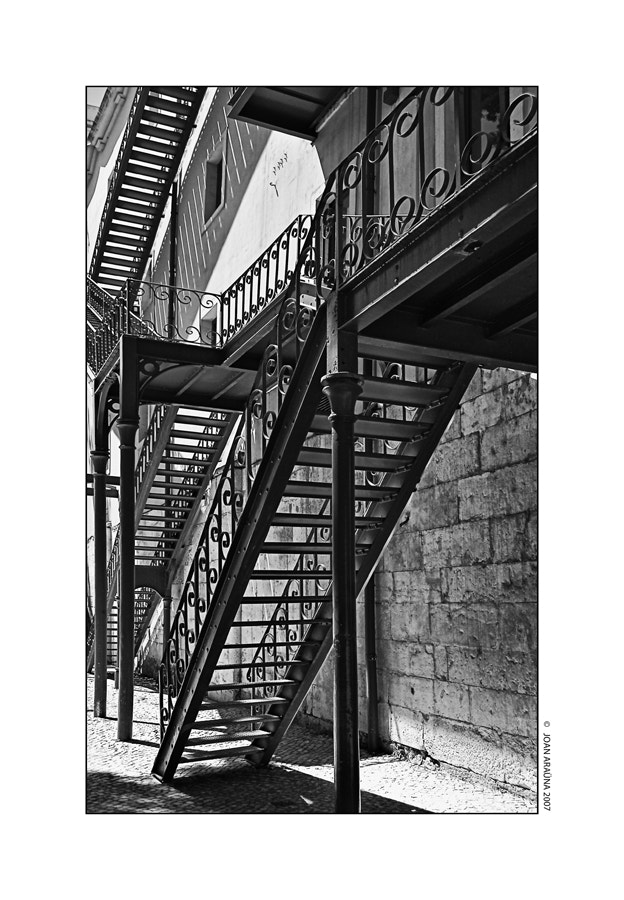 Photograph Escaleras by Joan Araüna on 500px
