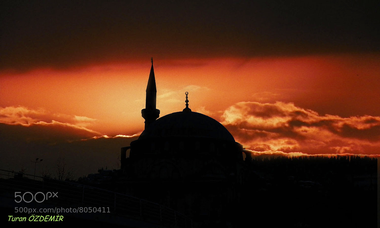 Photograph Pertev Paşa Mosque in İZMİT by Turan Özdemir on 500px