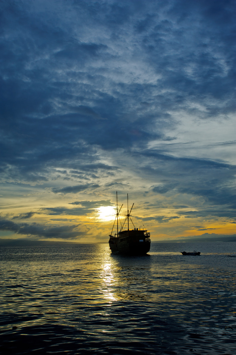 Photograph Sailing towards the Sunset by Luca  Vaime on 500px
