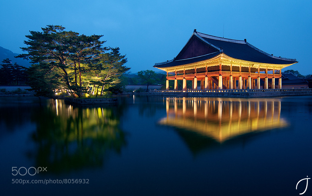 Photograph 경회루 Gyeonghoeru magic hour by Romain John on 500px