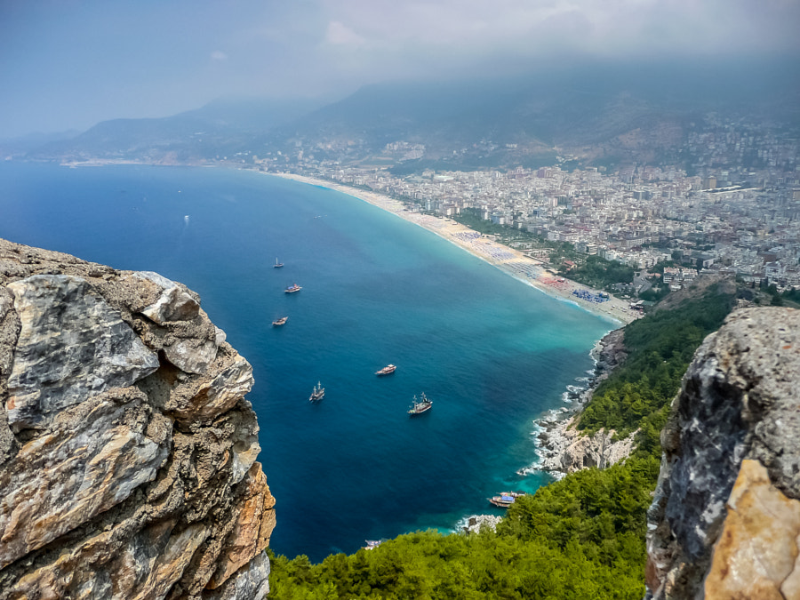 Alanya Kleopatra Beach by Lubomir Mihalik on 500px.com