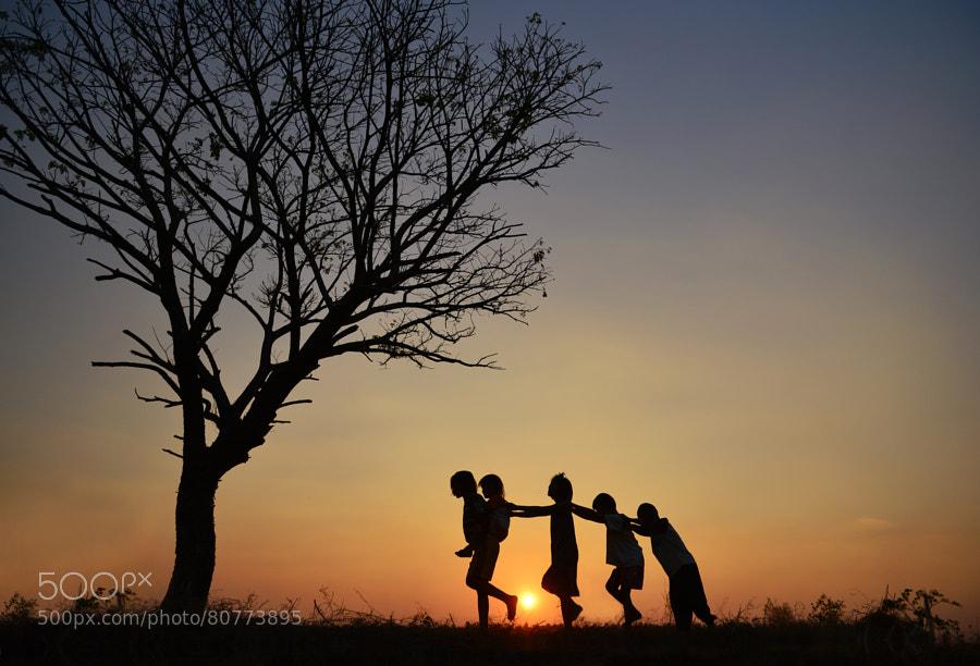 Photograph Friend by sarawut Intarob on 500px