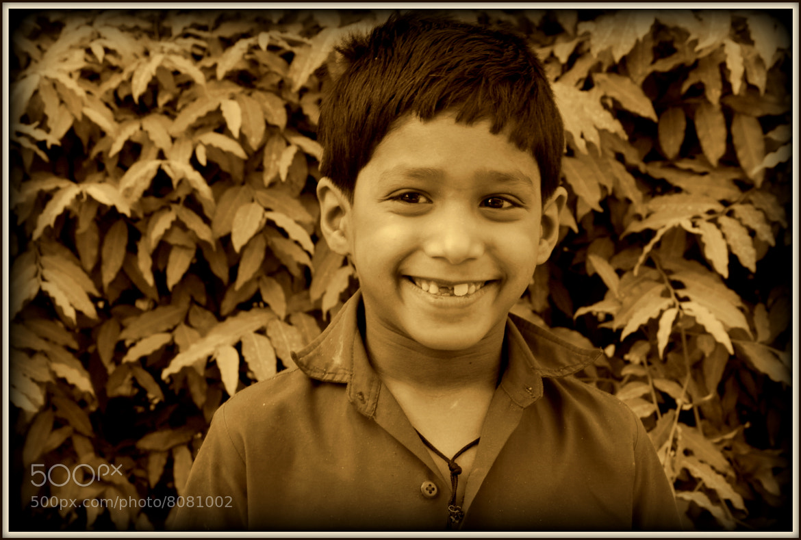 Photograph Tale of the missing tooth.... by Samrat  Mukhopadhyay on 500px