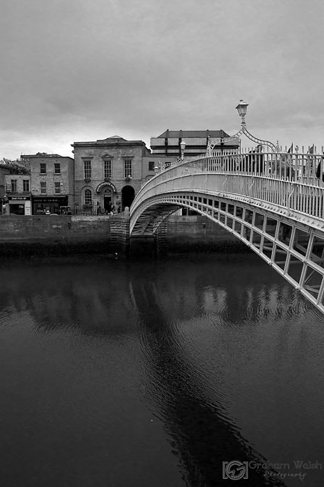 Photograph Ha'penny Bridge by Graham Walsh on 500px