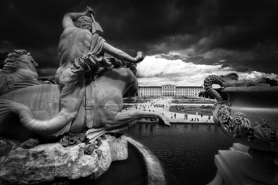 Raid on Schönbrunn Palace