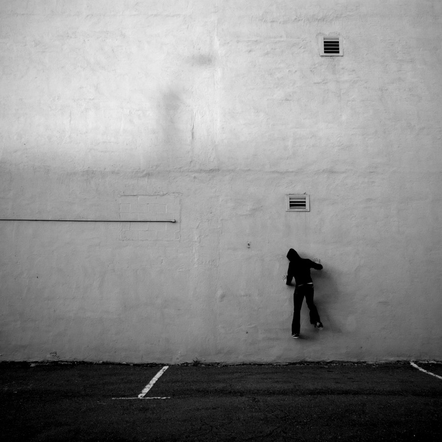 Photograph climbing up the walls by Jon DeBoer on 500px