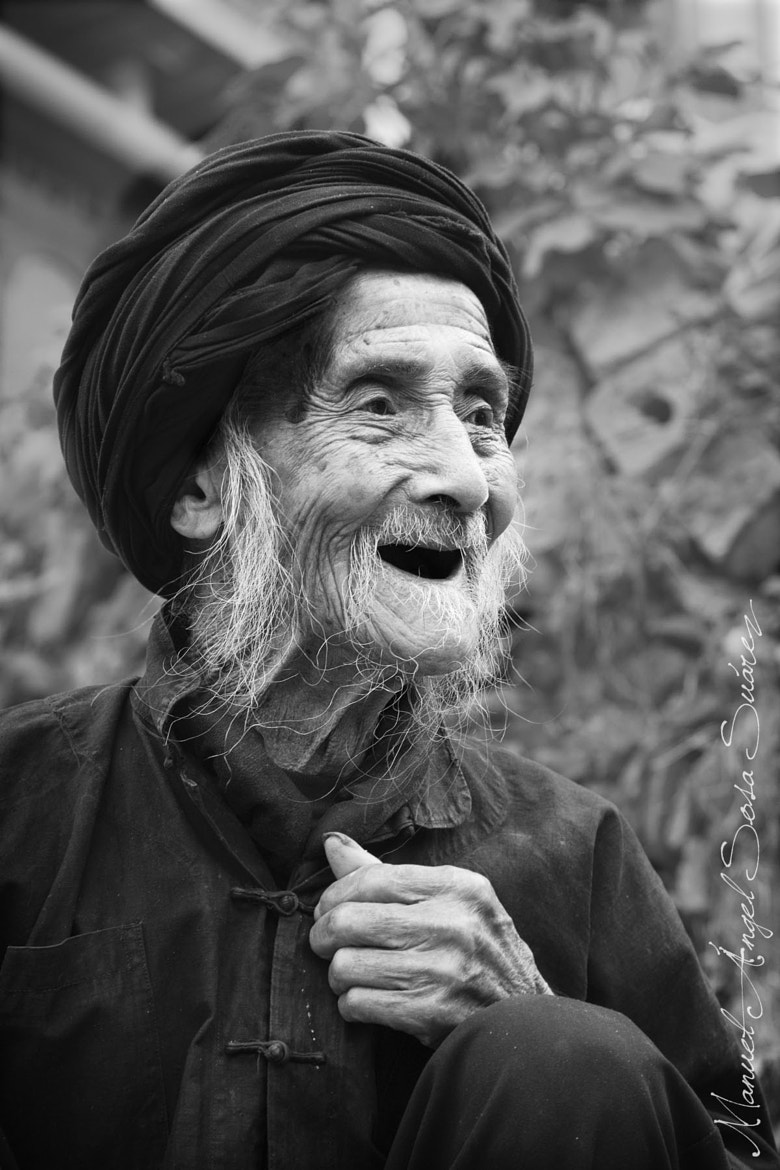 Photograph The smile of the old man by Angel Sosa on 500px