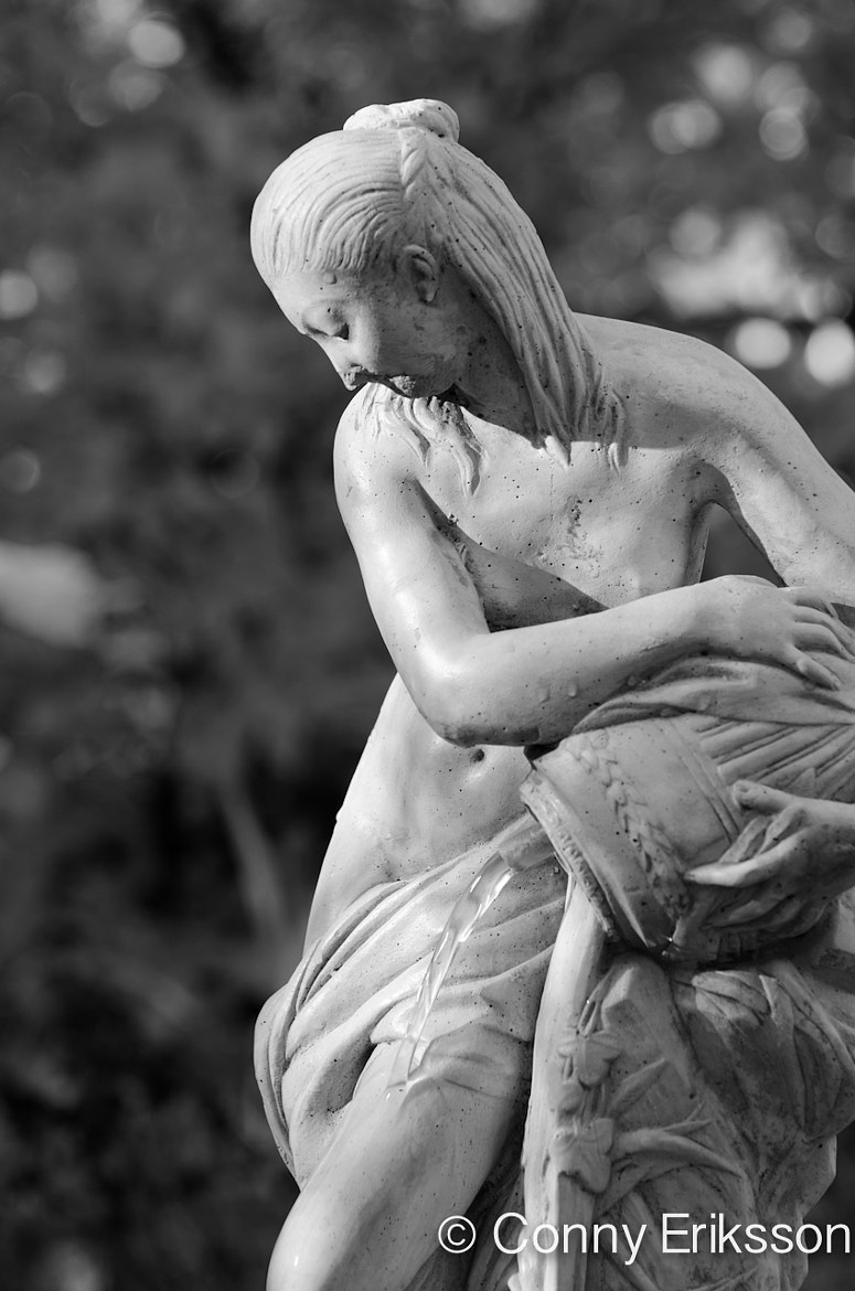 Photograph Statue of a lady by Conny Eriksson on 500px
