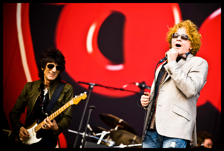 Photograph Ron Wood and Mick Hucknall by Stijn De Grauwe on 500px