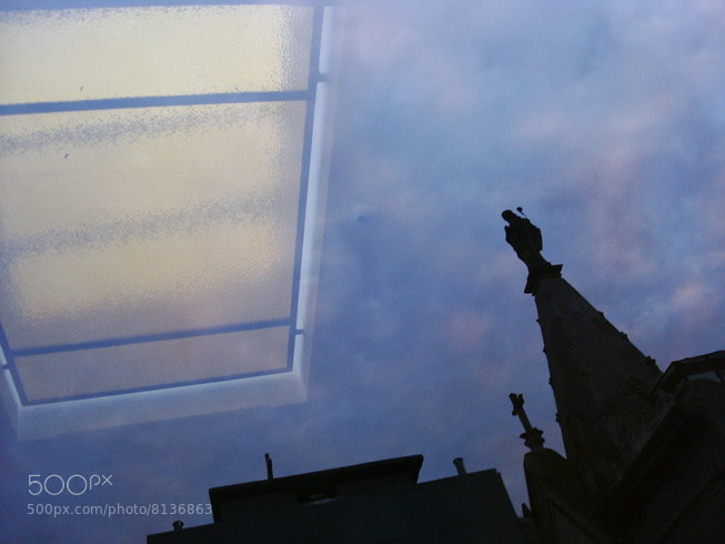 Photograph windows in the sky (toma directa) by Hugo Desch on 500px