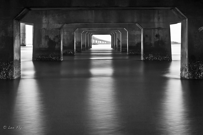 Photograph Under the bridge by Lee Fly on 500px