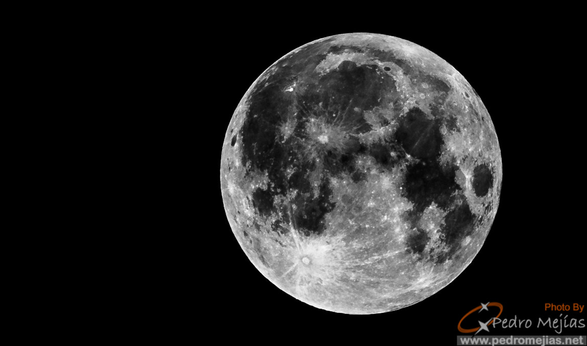 Photograph May Moon by Pedro Mejias Perez on 500px