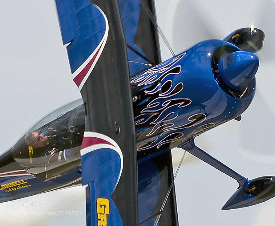 Greg Connell flying at the PDK Good Neighbor Day air show