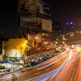 Bangkok traffic lights por Levin Dieterle (addicted2light) on 500px.com