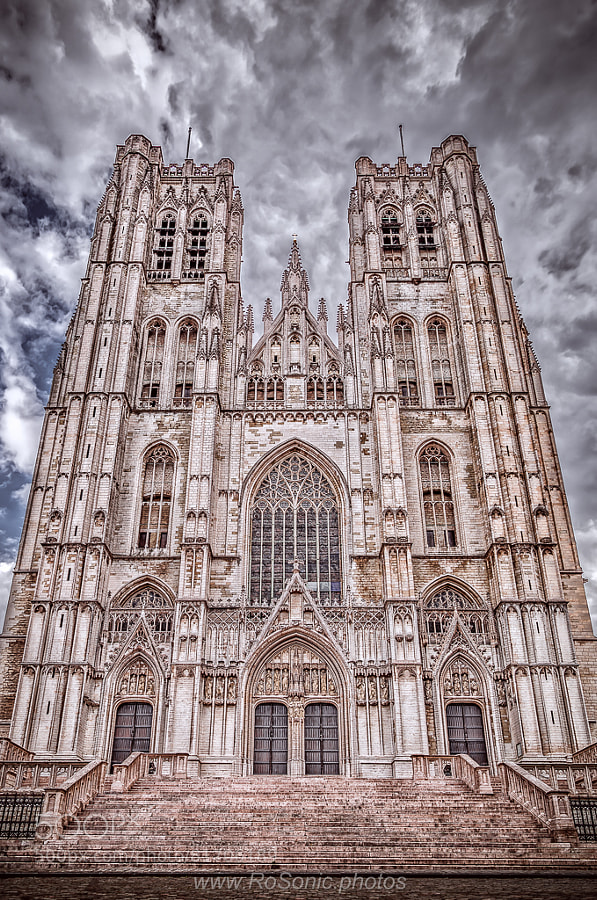 Photograph Cathedral of St. Michael and St. Gudula, Brussels, Belgium by Andrei Robu - RoSonic.photos on 500px