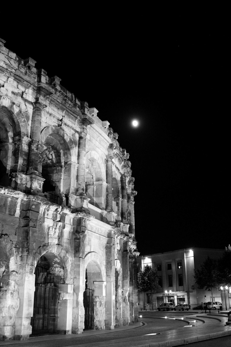 Photograph Arènes by Night by Fla Vie on 500px