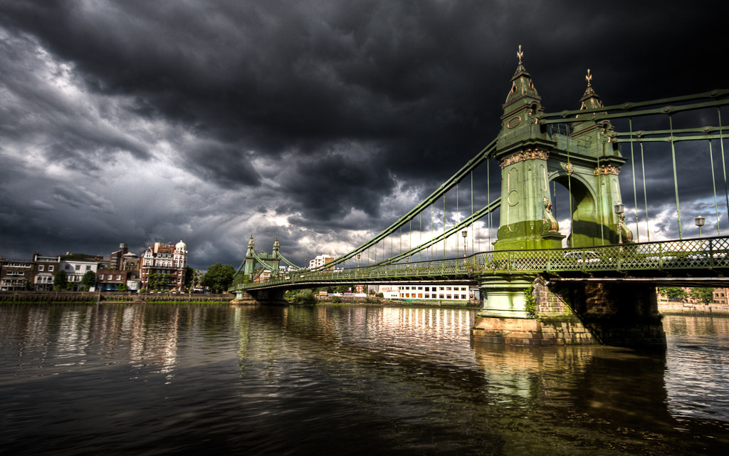 Photograph Hammersmith Bridge by Chris Ashworth on 500px