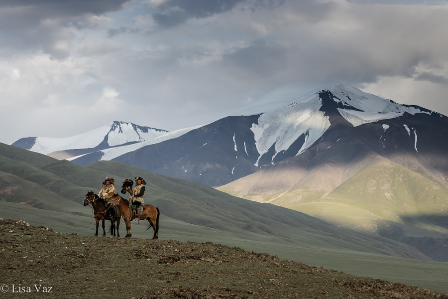 Kazakh Eagle-Hunters by Lisa Vaz on 500px.com