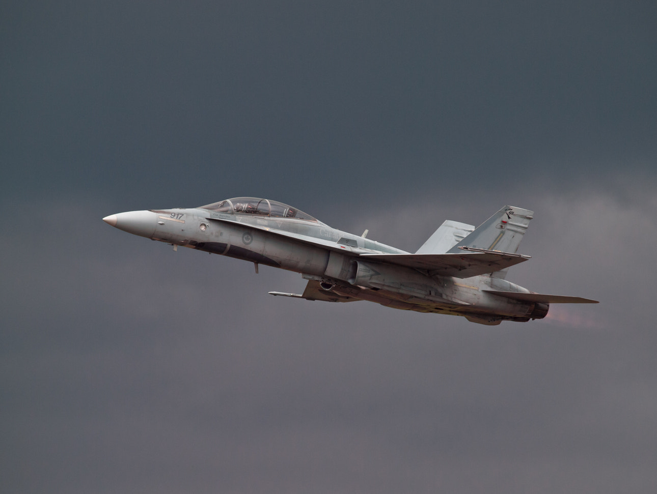 Photograph CF-18 Demonstration Team at Waterloo Air Show by Kevin Pepper on 500px