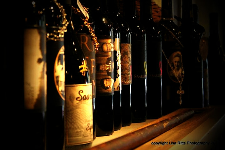Photograph wine bar by Lisa Ritts on 500px