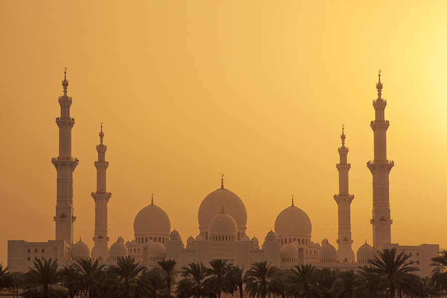 Photograph The Grand Mosque by Mario Moreno on 500px