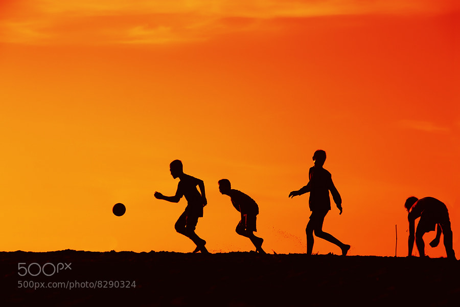 Photograph SOCCER in SILHUETTE by ManButur Photography  on 500px