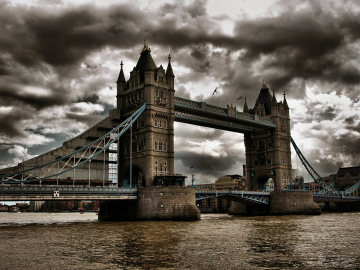 Photograph Tower Bridge by Stefan Schneeberger on 500px