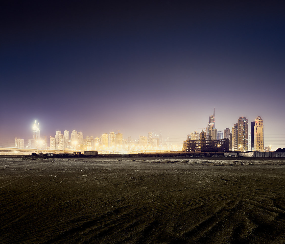 Photograph dubai.unfinished.dream.eight by Johannes Heuckeroth on 500px