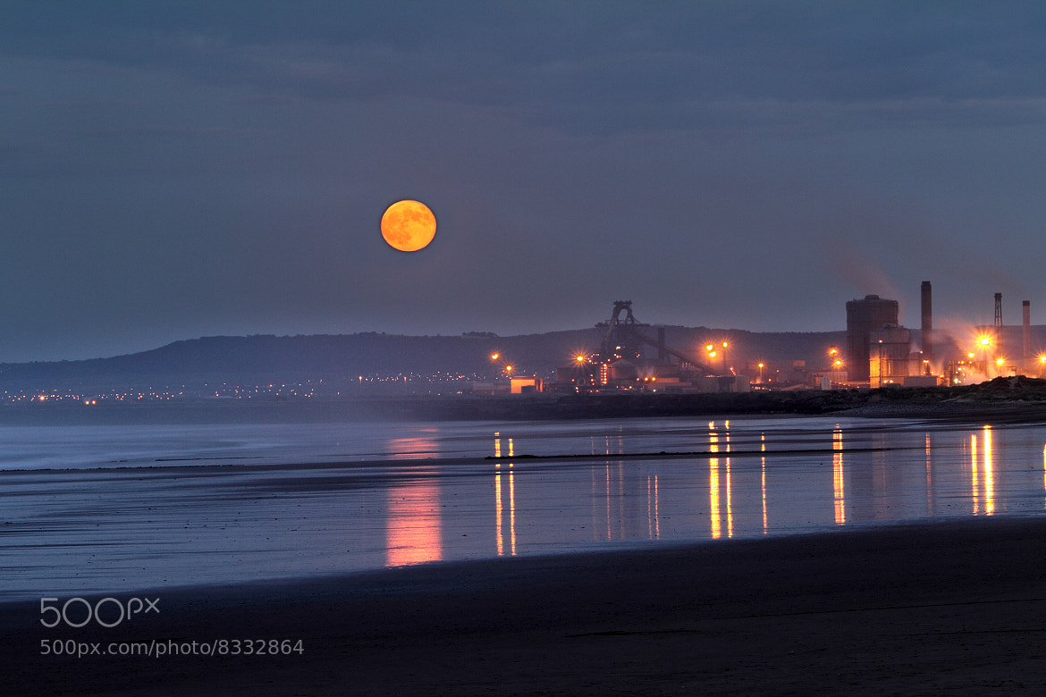 Photograph Full moon over Teesside by Gary Dixon on 500px