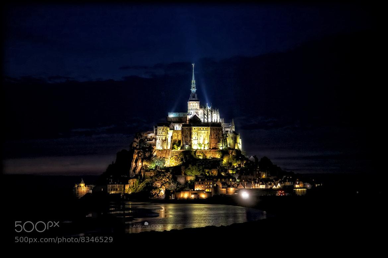 Photograph Mont Saint Michel by Night by Lars van de Goor on 500px