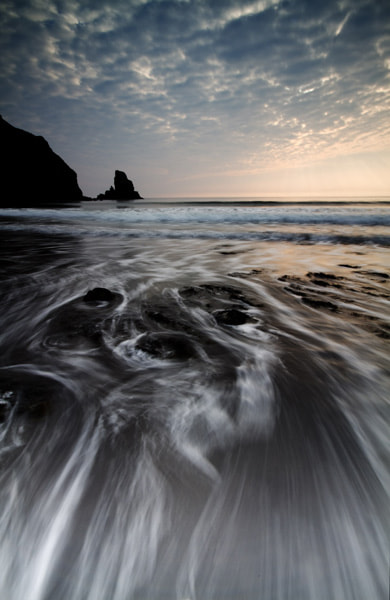 Photograph Talisker Bay by Martin Currie on 500px