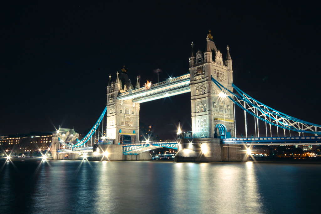Photograph Tower Bridge by Charlie Davis on 500px