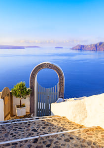 Santori. Gate into heaven, Cyclades, Greece by Kimberly Potvin on 500px