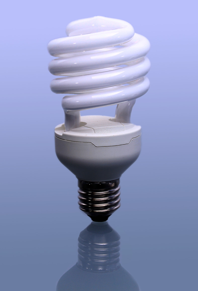 Photograph Energy-saving lamp by Paul Metzdorf on 500px