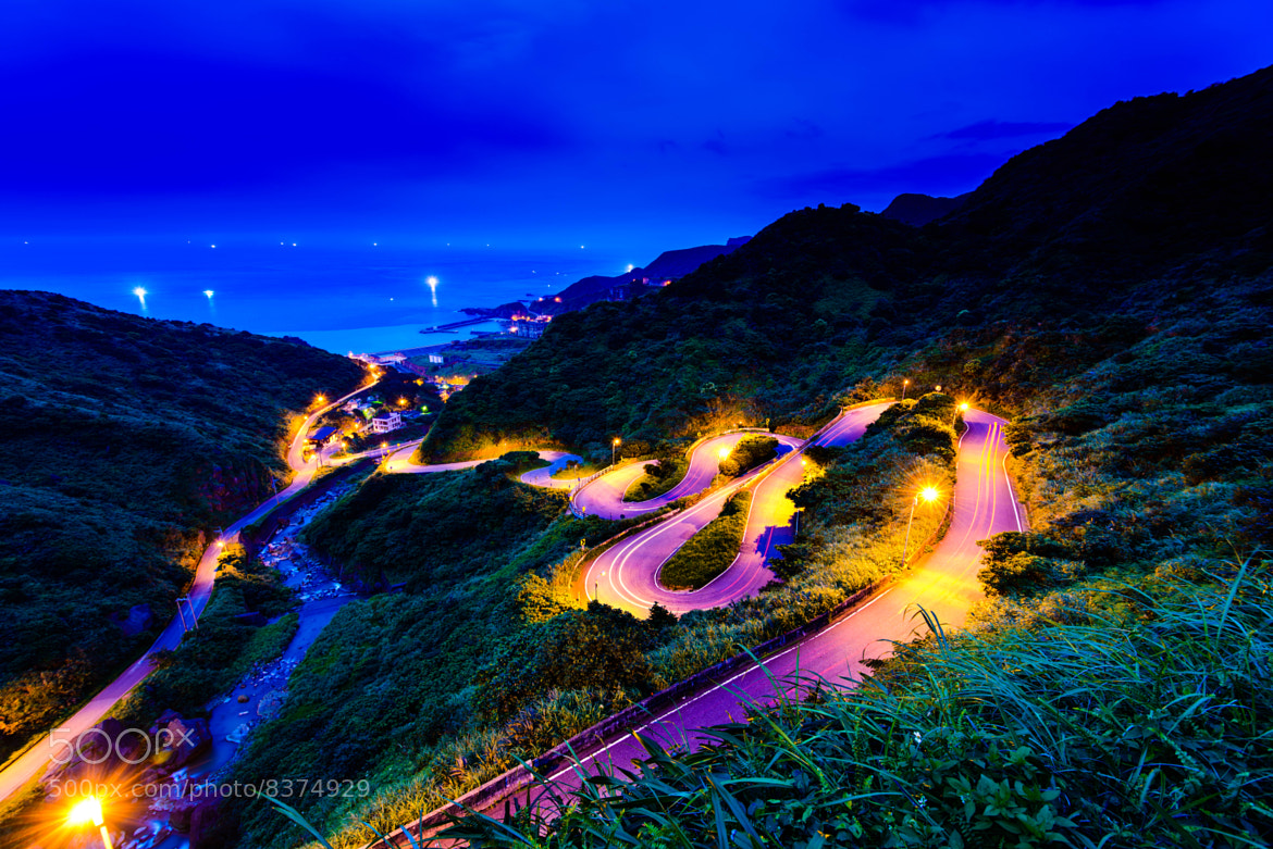 Photograph Jin Qua at Night by Yun-Ta Tsai on 500px