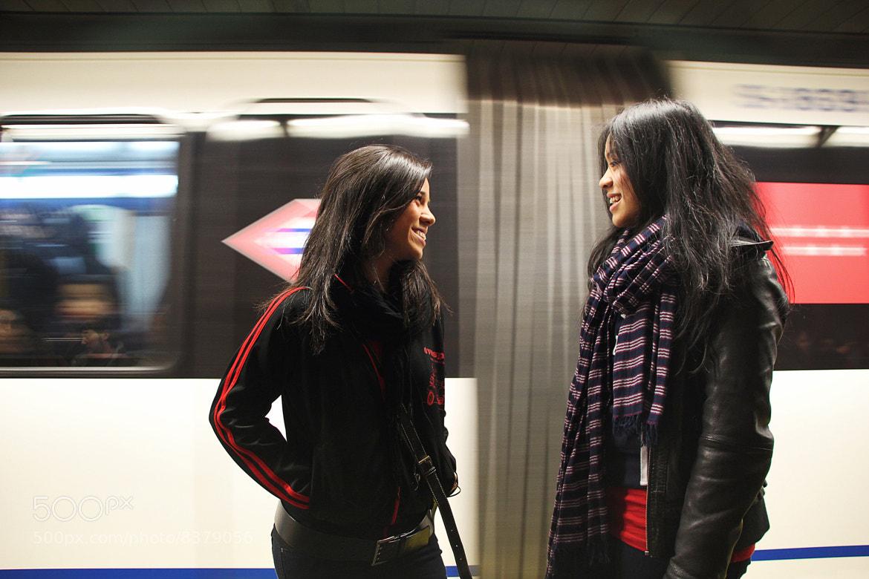 Photograph Encuentro en el Metro by Silvia Romero Pareja on 500px