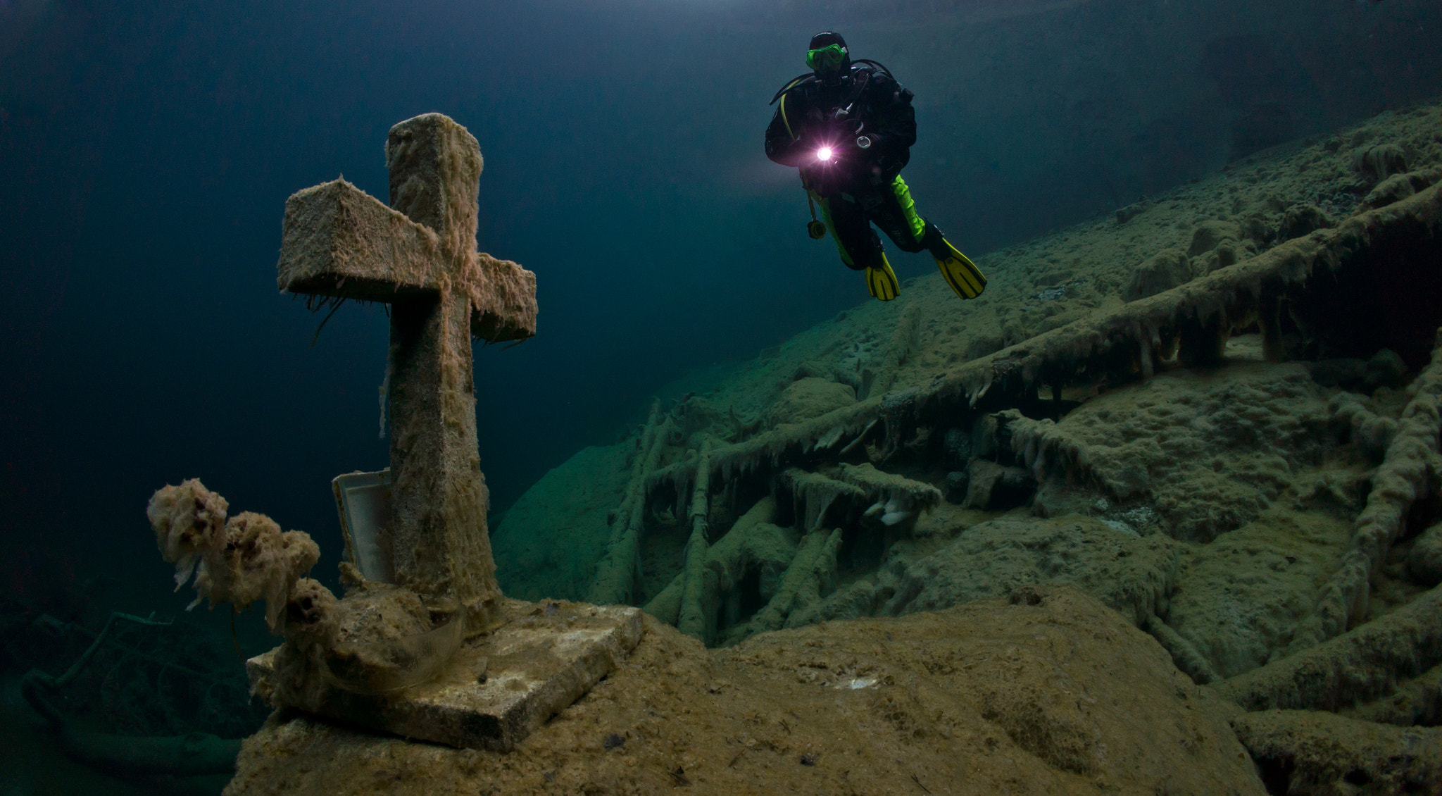 Photograph The Cross by Thomas Marti on 500px