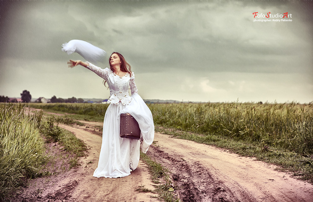 Photograph The offended bride throwing out a wedding veil by Andriy Petrenko on 500px