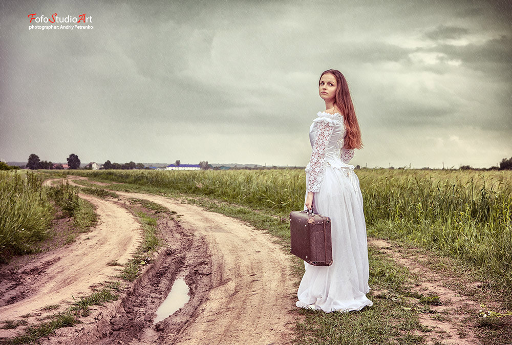 Photograph The offended bride going with an old suitcase by Andriy Petrenko on 500px