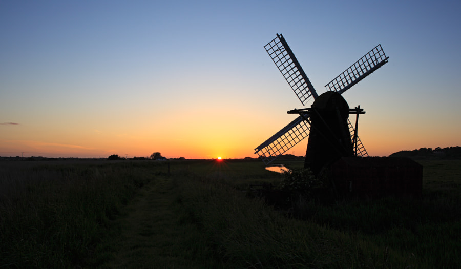 Sunset at Herringfleet Mill