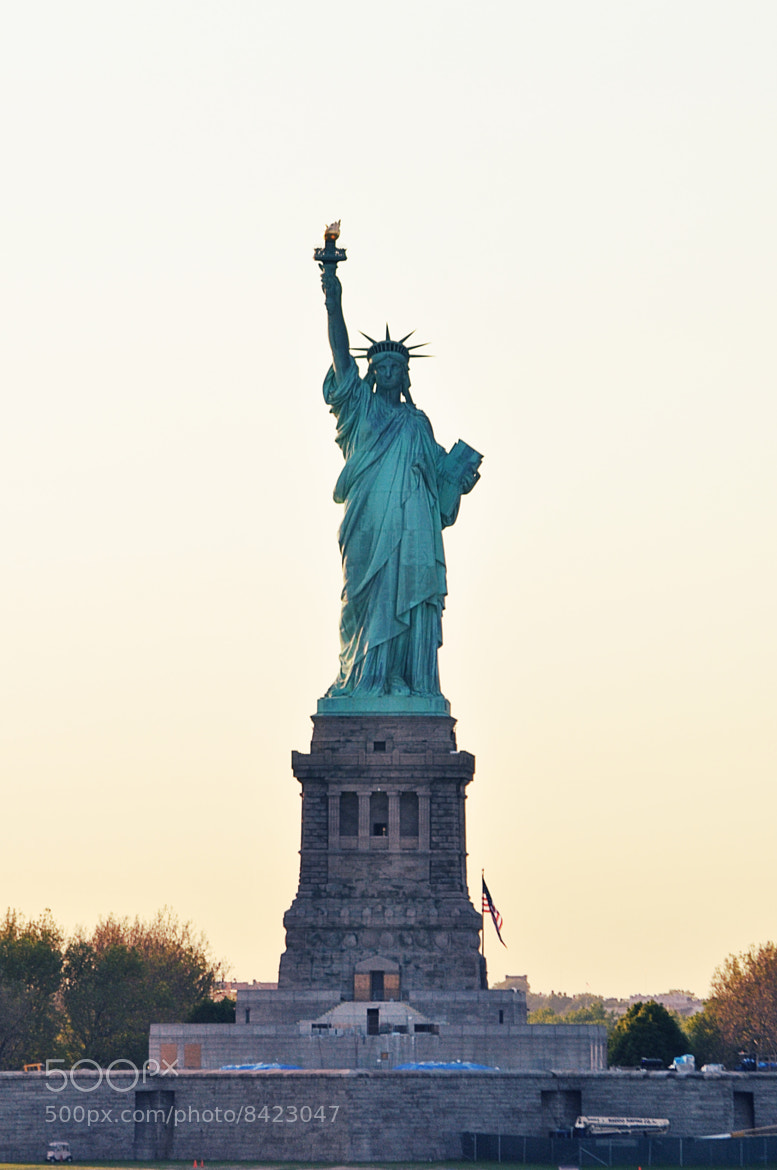 Photograph A statue of liberty by Den Didenko on 500px