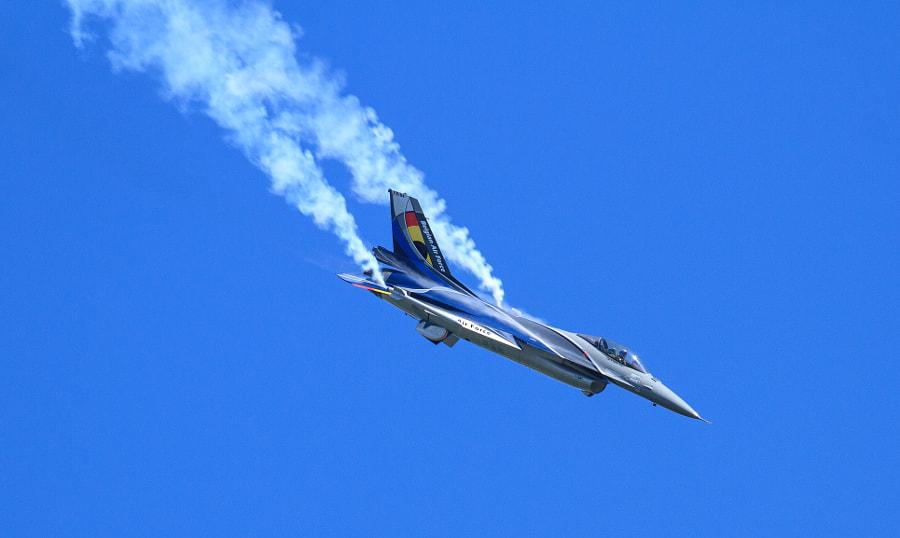 Belgian F16 at Duxford