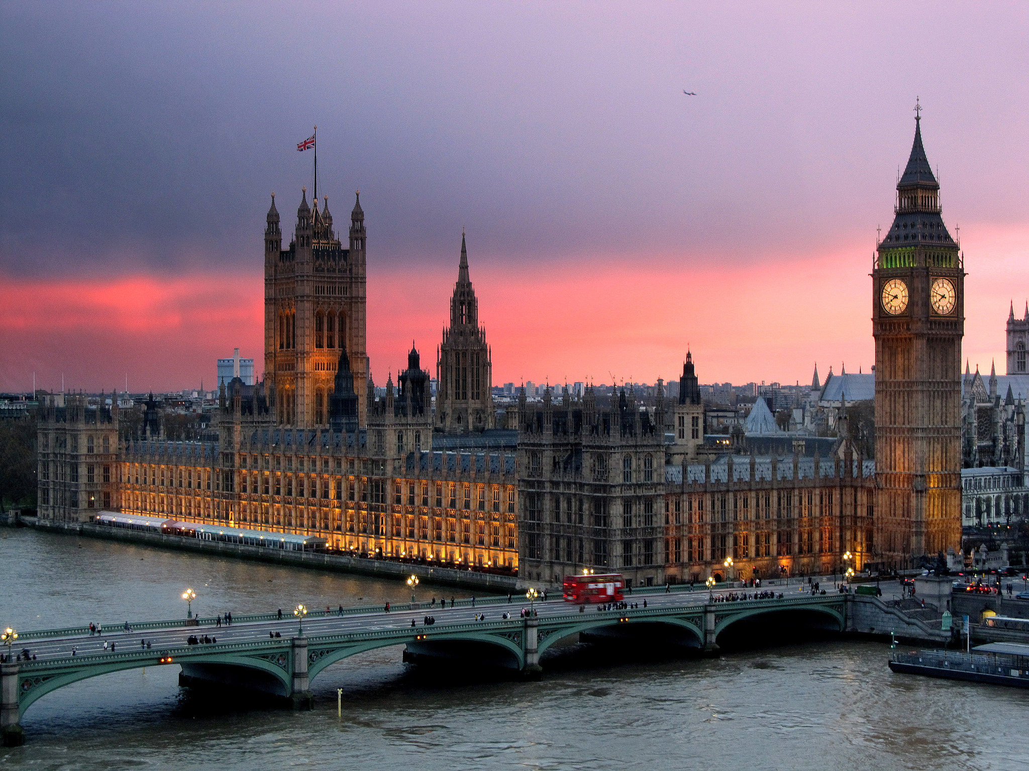Photograph Westminster at dusk by Svetlana Roberts on 500px