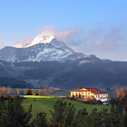 Постер, плакат: typical basque country house surrounding by mountains