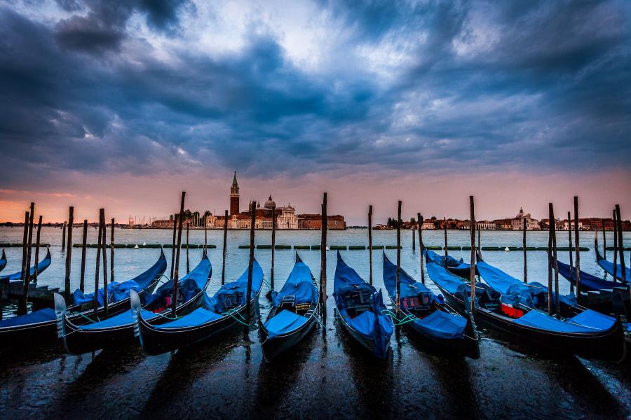 The gondolas in Venise II