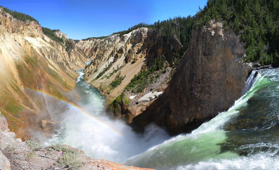 Yellowstone lower falls by Yannick_Jouhateau
