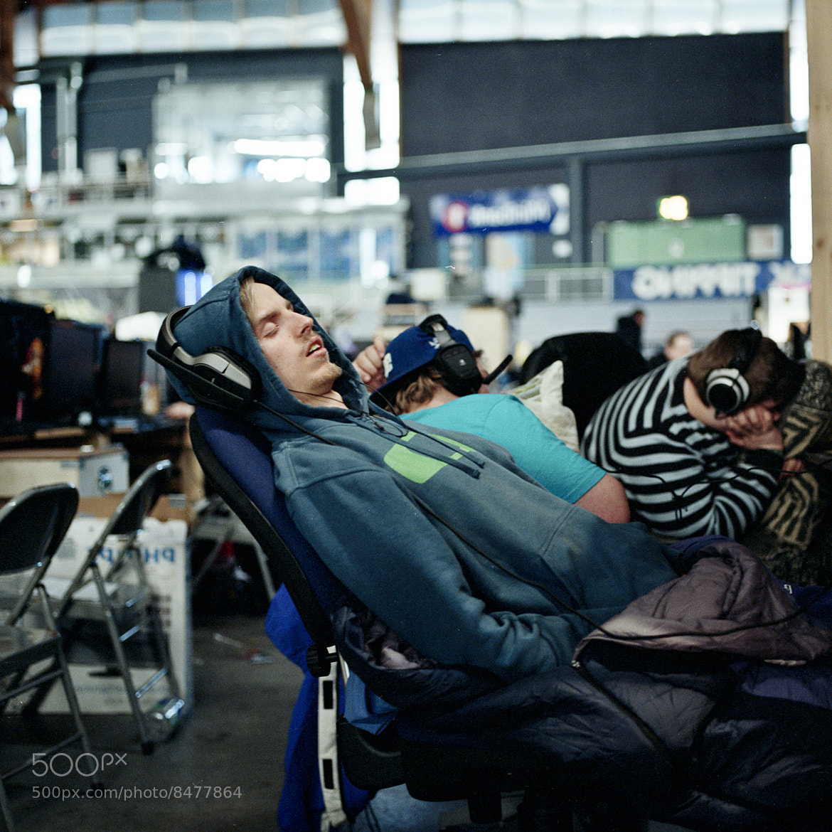 Photograph Grabbing some ZZzzZ by Sebastian Lam on 500px