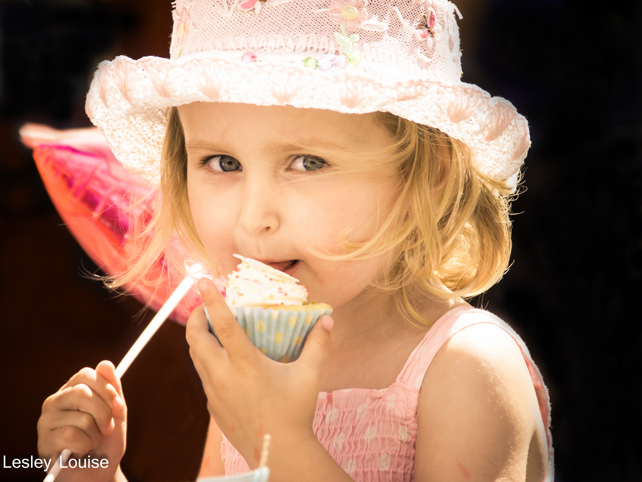 Photograph cupcake by Lesley Louise on 500px