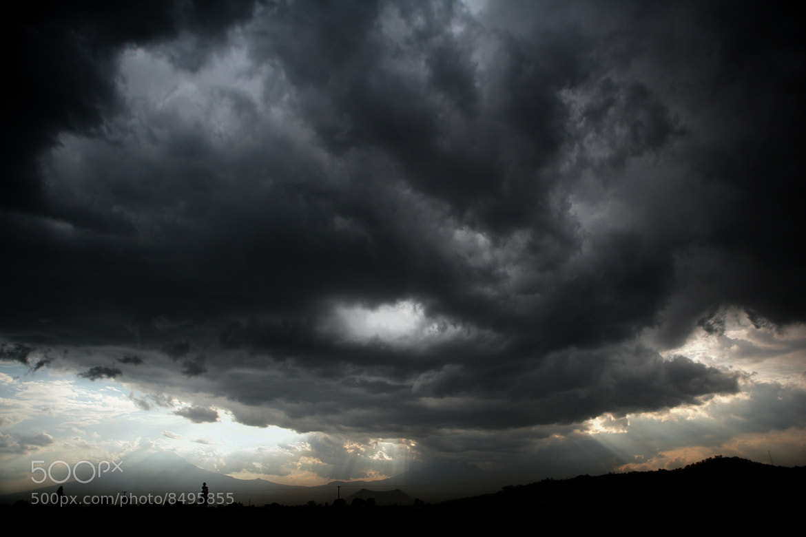 Photograph The storm is coming by Cristobal Garciaferro Rubio on 500px